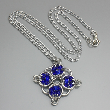 Celtic Diamond Pendant- Chainmaille with glass- Aluminum/Cobalt